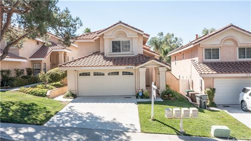 Photo of 15644 Carrousel, Canyon Country, CA 91387 (MLS # SR21198169)