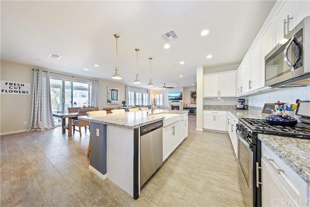 30426 Woodland Hills Street, Murrieta, CA 92563 - MLS#: SW20213169