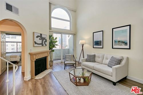 Photo of 620 S GRAMERCY Place #433, Los Angeles, CA 90005 (MLS # 20555170)