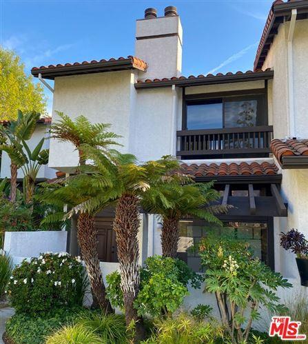 Photo of 1669 Michael Lane, Pacific Palisades, CA 90272 (MLS # 21791170)
