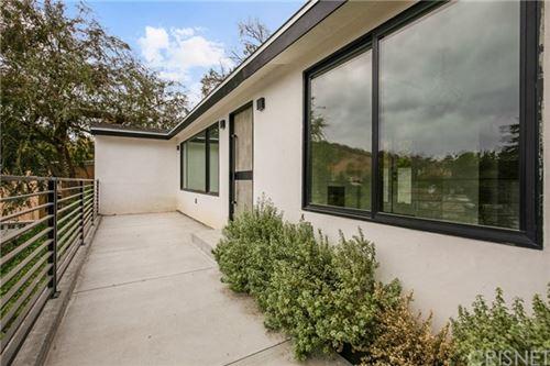 Photo of 15006 Del Gado Drive, Sherman Oaks, CA 91403 (MLS # SR20226171)
