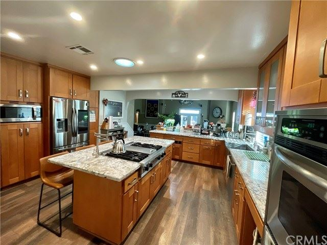 13828 Greenbrier Avenue, Bellflower, CA 90706 - MLS#: PW21013171