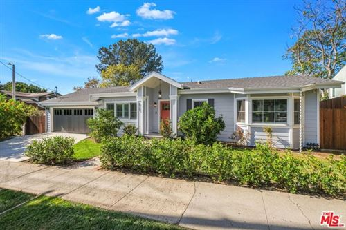 Photo of 825 Radcliffe Avenue, Pacific Palisades, CA 90272 (MLS # 20658172)