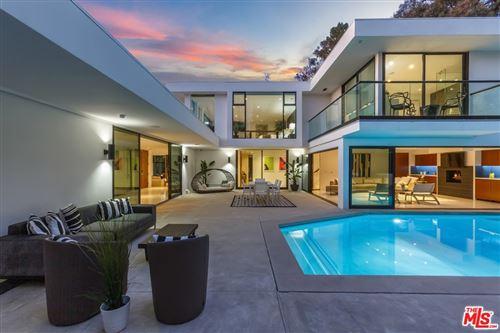 Photo of 8030 Mulholland Drive, Los Angeles, CA 90046 (MLS # 21783172)