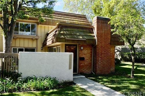 Photo of 10339 Larwin Avenue, Chatsworth, CA 91311 (MLS # SR21077172)