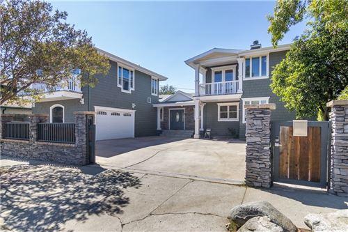 Photo of 10815 Amestoy Avenue, Granada Hills, CA 91344 (MLS # SR21206172)