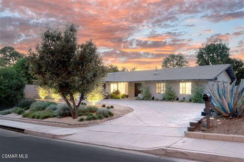 Photo of 2980 Sapra Street, Thousand Oaks, CA 91362 (MLS # 221005173)