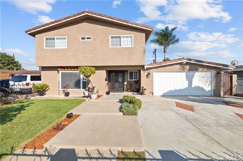 Photo of 1265 S Hickory Street, Santa Ana, CA 92707 (MLS # IV20220173)