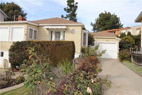 Photo of 31006 Aliso Circle, Laguna Beach, CA 92651 (MLS # LG21008173)
