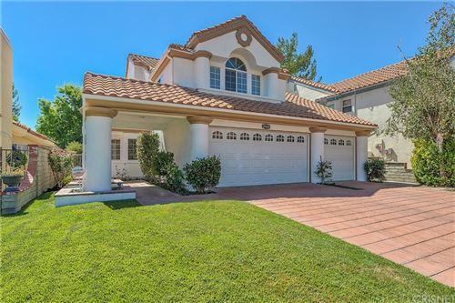 Photo of 25458 Hardy Place, Stevenson Ranch, CA 91381 (MLS # SR21172173)