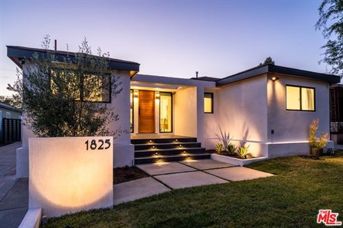 Photo of 1825 S HAYWORTH Avenue, Los Angeles, CA 90035 (MLS # 19528174)