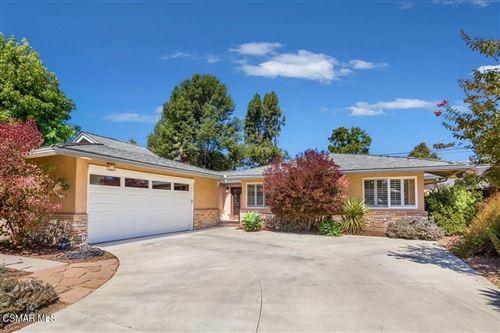 Photo of 2391 Sirius Street, Thousand Oaks, CA 91360 (MLS # 221005174)