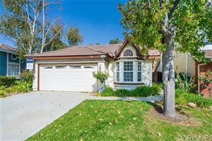 Photo of 20053 Gilbert Drive, Canyon Country, CA 91351 (MLS # SR19239174)