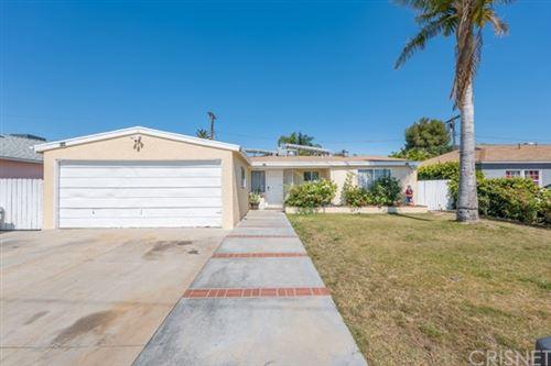 Photo of 7044 Calvin Avenue, Reseda, CA 91335 (MLS # SR21133174)