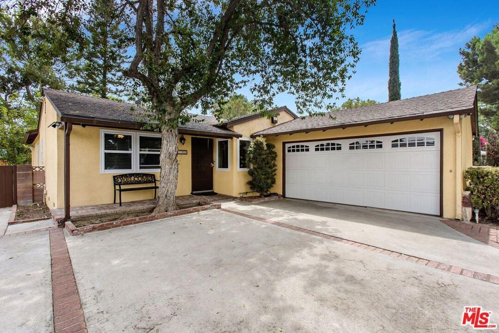 Photo for 7700 Wilbur Avenue, Reseda, CA 91335 (MLS # 21781174)