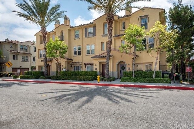 Photo for 322 Continental Court, Fullerton, CA 92832 (MLS # OC20125174)