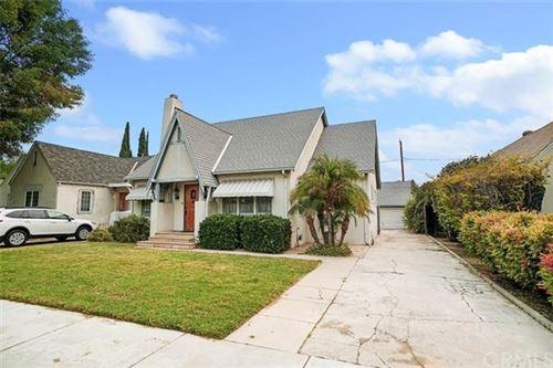 Photo of 1304 N Lincoln Street, Burbank, CA 91506 (MLS # BB20191176)