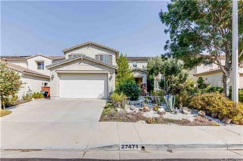 Photo of 27471 English Ivy Lane, Canyon Country, CA 91387 (MLS # SR21186176)