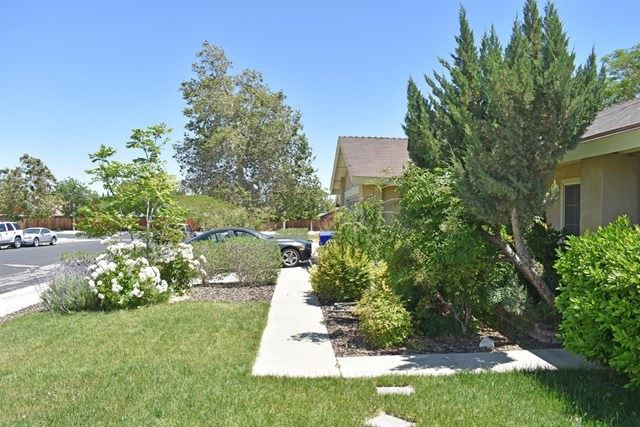 Photo of 13479 Solitude Circle, Victorville, CA 92392 (MLS # 527177)