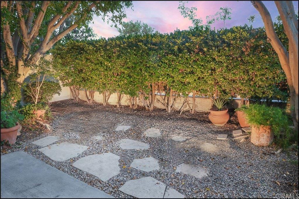 Photo of 4 Stoneglen, Aliso Viejo, CA 92656 (MLS # OC21159177)