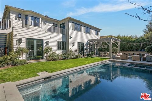 Photo of 727 Ocampo Drive, Pacific Palisades, CA 90272 (MLS # 21689178)