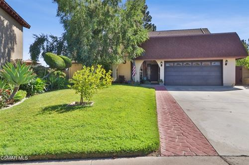 Photo of 2329 N Fernview Street, Simi Valley, CA 93065 (MLS # 221003178)