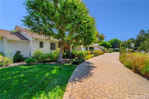 Photo of 15555 Valley Vista Boulevard, Encino, CA 91436 (MLS # SR20185178)
