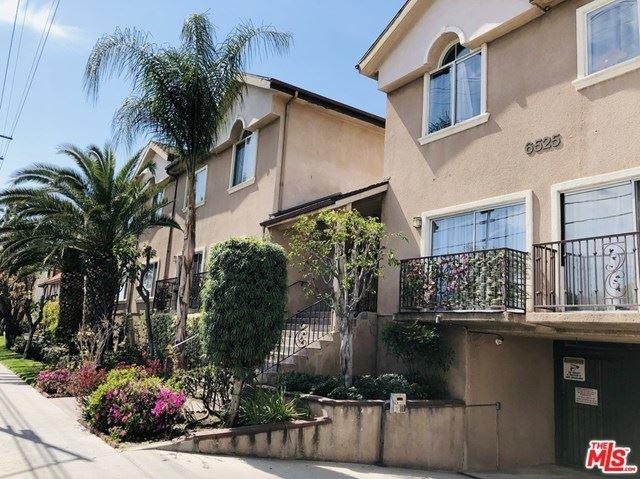 Photo of 6525 Woodman Avenue #5, Valley Glen, CA 91401 (MLS # 21706178)