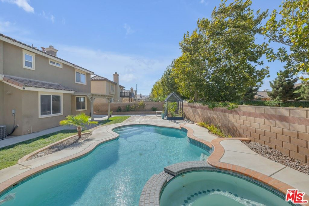Photo of 1855 Andrea Drive, Palmdale, CA 93551 (MLS # 21788178)