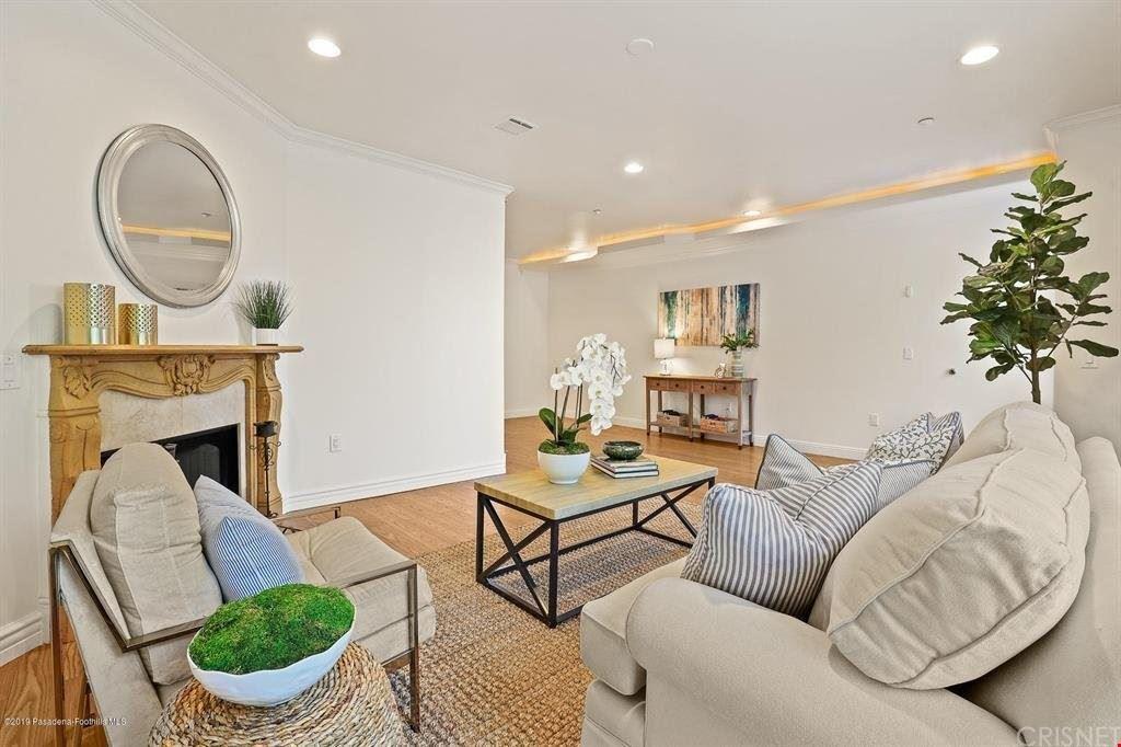 Photo of 11145 Sunshine Terrace #106, Studio City, CA 91604 (MLS # SR21127178)