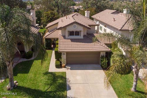 Photo of 675 Overlook Road, Simi Valley, CA 93065 (MLS # 221005180)