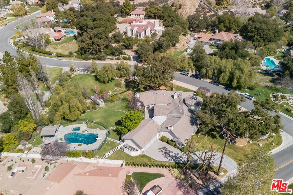 Photo for 15725 Bronco Drive, Canyon Country, CA 91387 (MLS # 21713180)