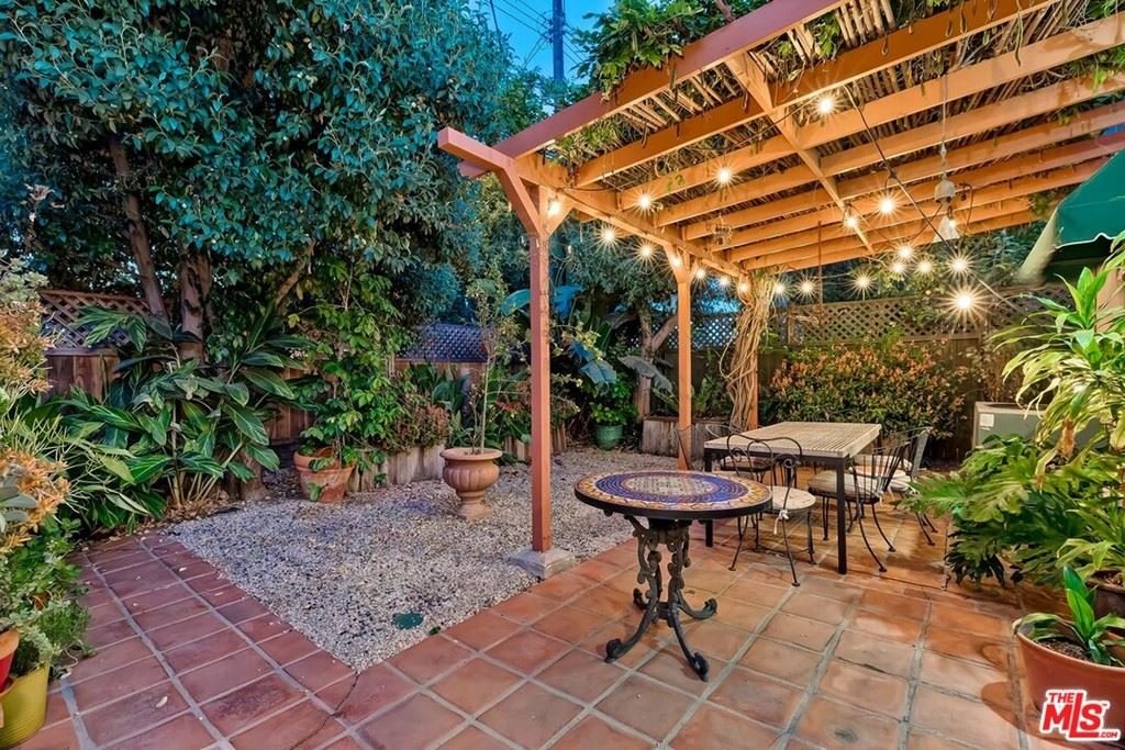 Photo of 264 S Almont Drive, Beverly Hills, CA 90211 (MLS # 21764180)