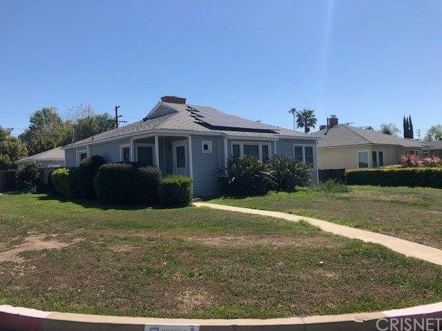 Photo of 5654 Costello Avenue, Valley Glen, CA 91401 (MLS # SR21070180)