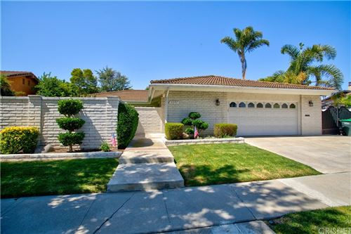 Photo of 3047 Country Club Drive, Costa Mesa, CA 92626 (MLS # SR21191181)
