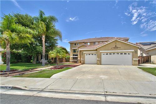 Photo of 26574 Evergreen Avenue, Murrieta, CA 92563 (MLS # SW21168181)