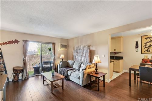 Photo of 6902 Hinds Avenue #6, North Hollywood, CA 91605 (MLS # SR21231182)