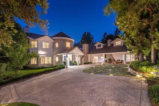 Photo of 1511 Pathfinder Avenue, Westlake Village, CA 91362 (MLS # 221000182)