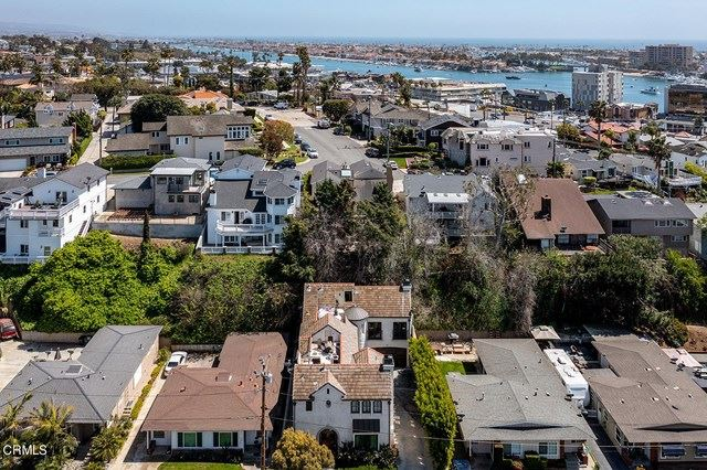 Photo of 302 Catalina Drive, Newport Beach, CA 92663 (MLS # P1-4182)