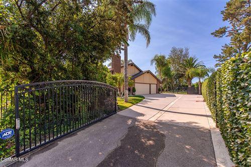 Photo of 2068 Mccrea Road, Thousand Oaks, CA 91362 (MLS # 221005183)