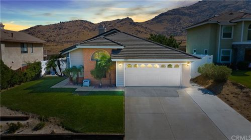 Photo of 22531 Country Gate Road, Moreno Valley, CA 92557 (MLS # IV21214184)