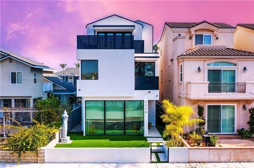 Photo of 1110 England Street, Huntington Beach, CA 92648 (MLS # OC20264184)