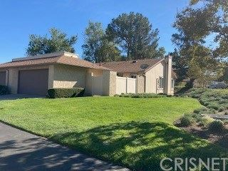 Photo of 20010 Avenue Of The Oaks, Newhall, CA 91321 (MLS # SR20248184)