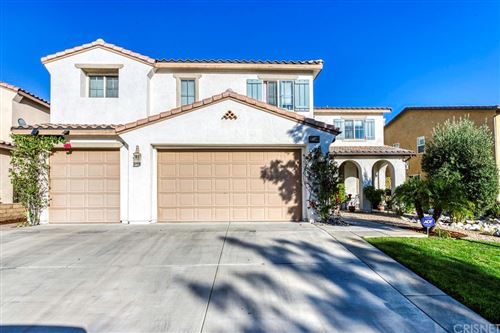 Photo of 27366 Rose Mallow Lane, Canyon Country, CA 91387 (MLS # SR21167184)