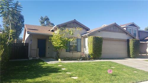 Photo of 12433 Edgecliff Avenue, Sylmar, CA 91342 (MLS # SR21234184)