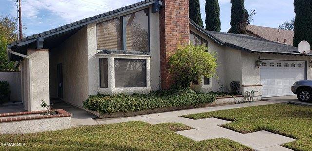 Photo of 2178 Elmdale Avenue, Simi Valley, CA 93065 (MLS # 221000184)
