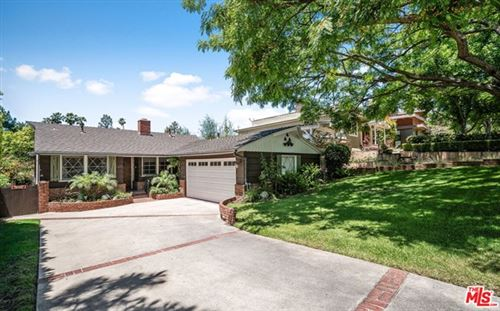 Photo of 3647 Mountain View Avenue, Los Angeles, CA 90066 (MLS # 20597186)