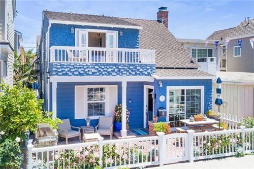 Photo of 122 Topaz Avenue, Newport Beach, CA 92662 (MLS # NP20130186)