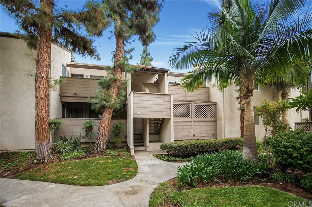 1270 Cabrillo Park Drive #C, Santa Ana, CA 92701 - MLS#: OC21188186