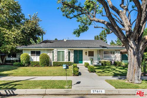 Photo of 17611 TUBA Street, Northridge, CA 91325 (MLS # 19519188)